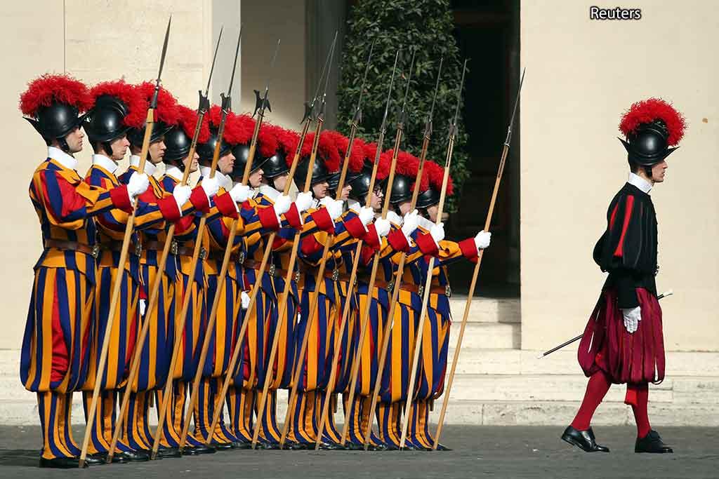 Ватикан гвардейцы